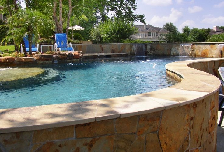 Best 25 raised pools ideas on pinterest backyard lap for Raised pool ideas