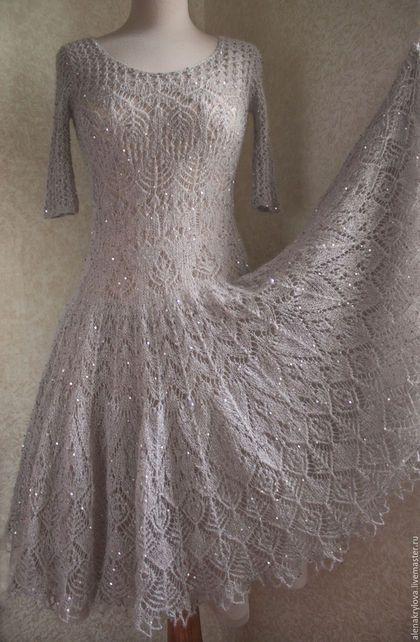 Купить или заказать Ажурное платье из мохера в интернет-магазине на Ярмарке Мастеров. Сказочное платье из тончайшего мохера с огромным количеством пайеток! Блестит и переливается! Состоит из 2 частей.