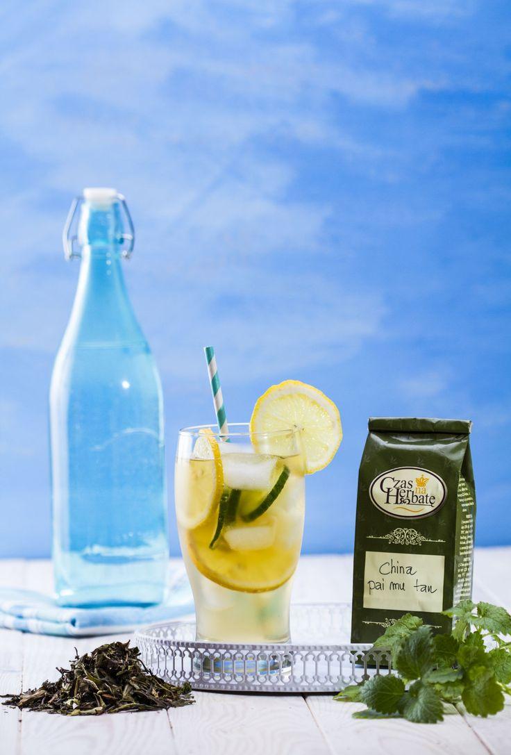 Letni, mrożony napój z cytryny, ogórka i herbaty China-pai-mu-tan. :) #ice #ogorek #cucumber #cytryna #herbata #lemonade #lemon #tea #czasnaherbate #zawszeznajdeczasnaherbate #przepis #pycha #delicious #drink #good #recipe #foodporn #omnomnom #yummi #tasty #photooftheday #pickoftheday