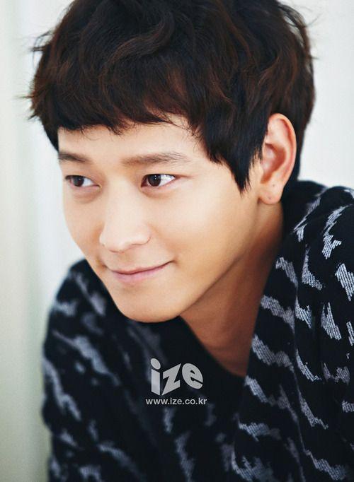 Kang Dong Won - ize Magazine September Issue 2014