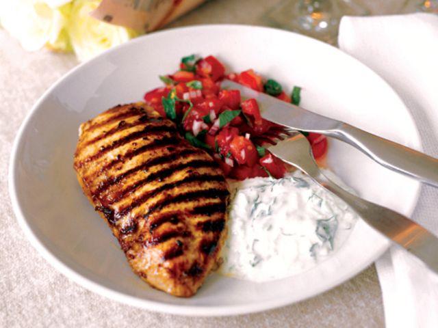 Grillad kycklingfilé med yoghurtdressing (kock Ulrika Jisland)