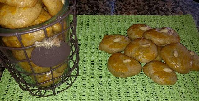 Pitadas De Açúcar...: Broinhas de Erva Doce e Canela