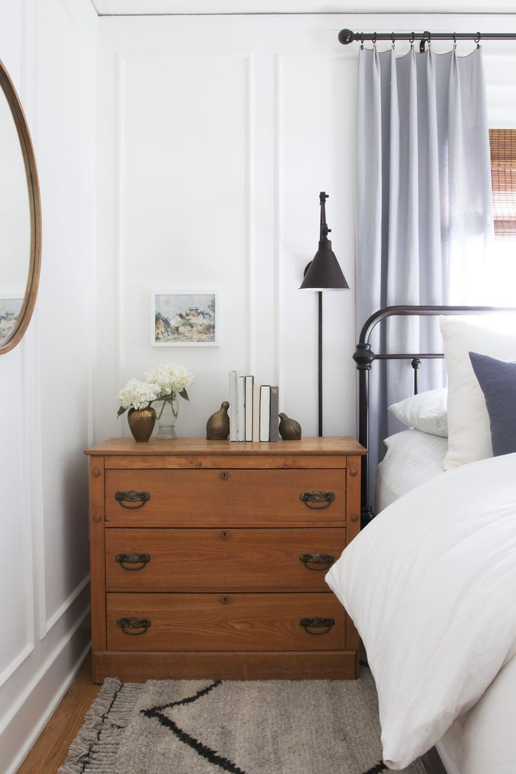 panel moulding in bedroom with vintage dresser nightstand // the Grit and Polish #diymoulding