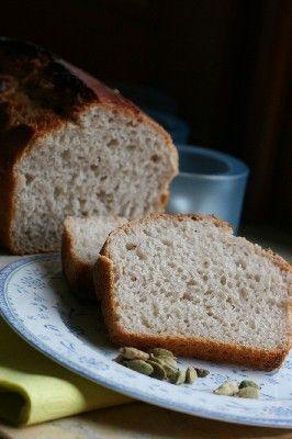 Pracownia Wypieków: Kardamonowy chleb żytni na zakwasie, bez drożdży