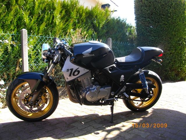 CB 500 Café Racer