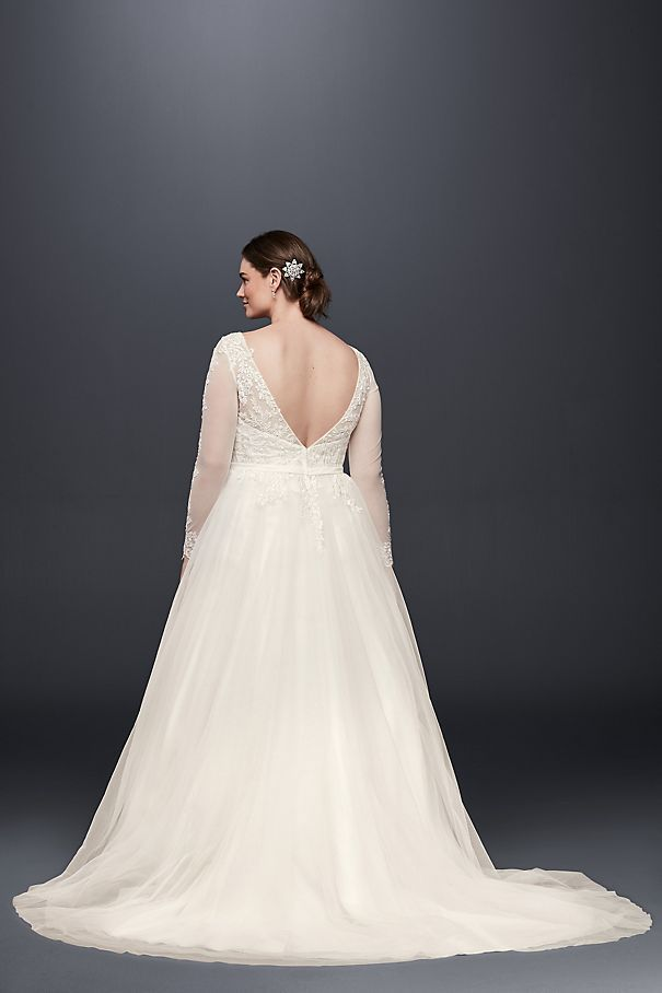 a3e6e1628aff Plus Size Long Sleeve Wedding Dress With Low Back Style 9WG3831 ...