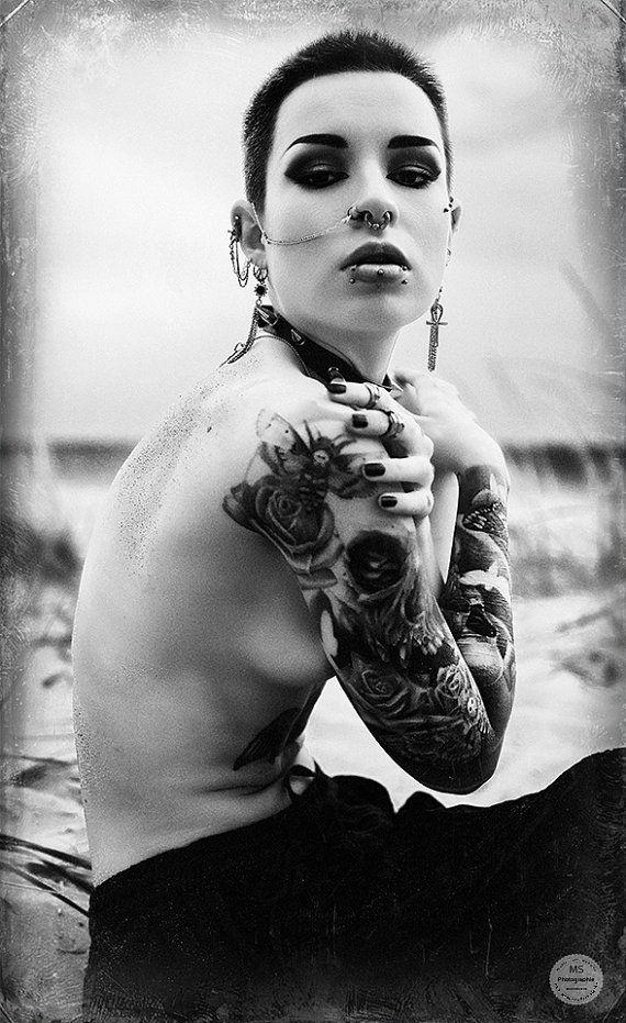 Sand im Wind Tattoo Nude Women   Emotion von VisualARTpoetry
