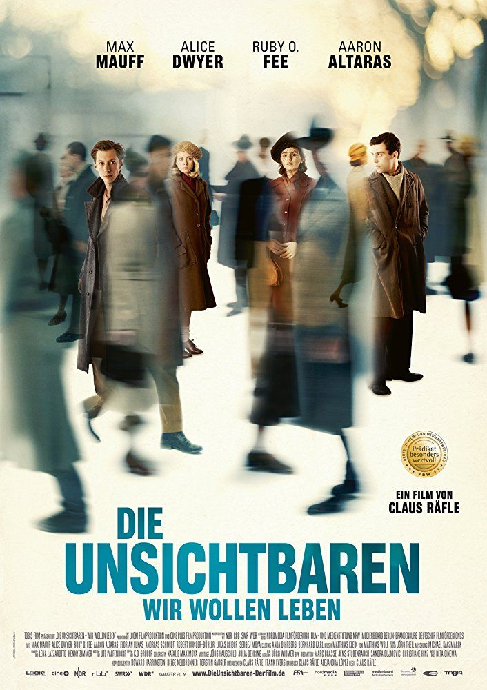 "DIE UNSICHTBAREN (D 2017) von Claus Räfle. Mein 6. Film beim Filmfest Hamburg 2017. With Max Mauff, Alice Dwyer, Ruby O. Fee, Aaron Altaras. Four young Jews survive the Third Reich in the middle of Berlin by living so recklessly that they become ""invisible."""