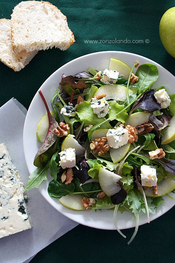 Arugula Salad with Apples, Walnuts, and Roquefort #theeverygirl