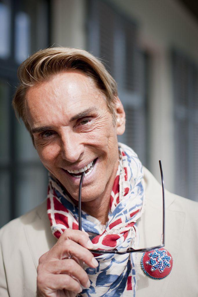 Wolfgang Joop: Liebling der Models, Retter der Show -  Erst lehnte er strikt ab, heuer saß der deutsche Modemacher dann doch in der Jury von Germany's next Topmodel, wo ihm die Herzen zuflogen. Am Donnerstag ist das Finale. Mehr dazu hier: http://www.nachrichten.at/nachrichten/society/Wolfgang-Joop-Liebling-der-Models-Retter-der-Show;art411,1380317 (Bild: dpa)