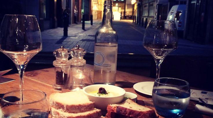 Io a Londra mangio qui: http://viaggiareesognare.com/2015/03/13/io-a-londra-mangio-qui/