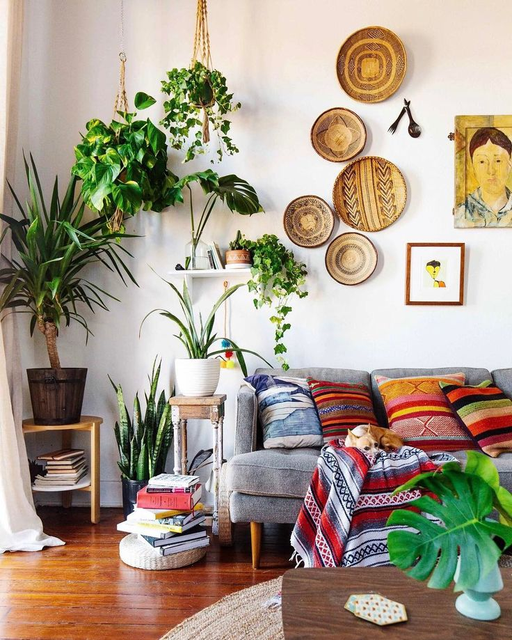 The Instagram Accounts Apartment Therapy Editors Love | Apartment Therapy