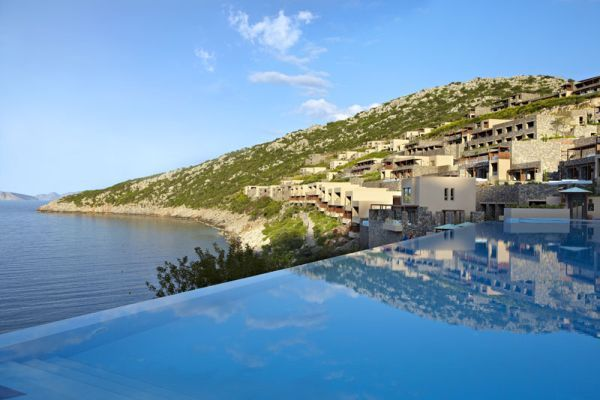 Beautiful pergolas, coastal views, fabulous weather and large heated seawater swimming pool and sundeck are sure set to become the highlight of your Greece trip #chicaghousebuzz