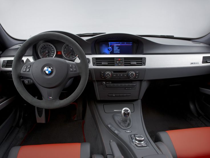 E90 BMW M3 CRT dashboard