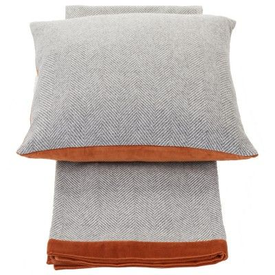 Rado Orange cushion 50x50 + throw