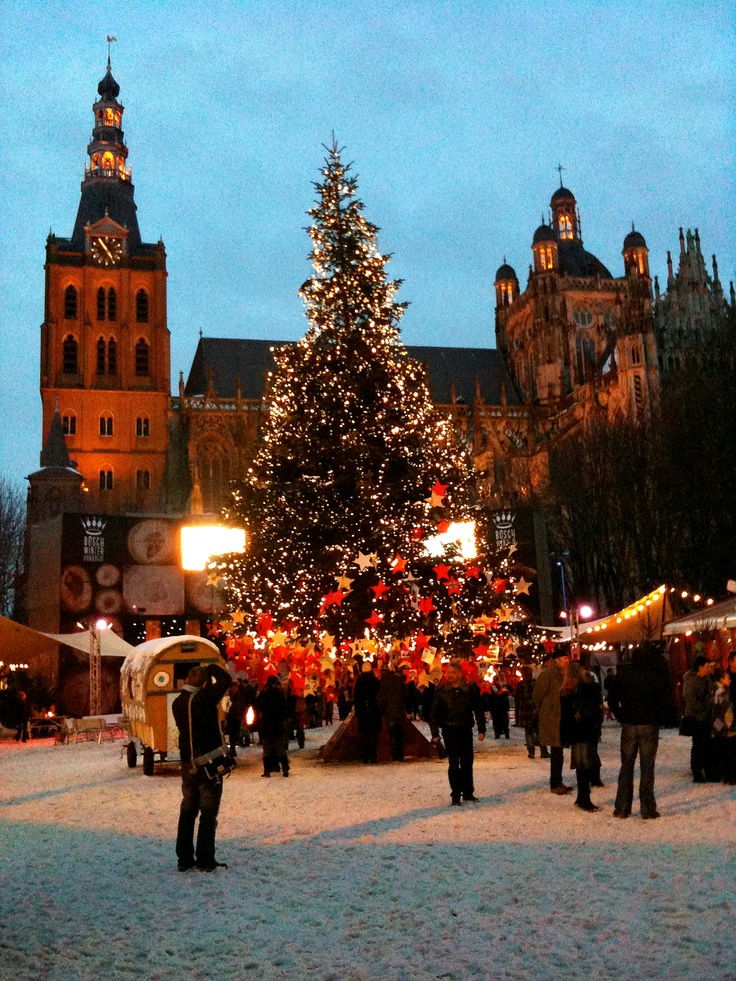 Christmas on Parade square in my home town 's-Hertogenbosch with the Sint-Jans Cathedral in background. I am so lucky - this is just a few meters from my house!