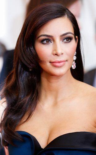 Possíveis penteados de Kim Kardashian para o casamento