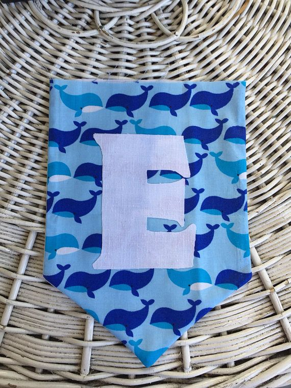 This blue whale banner can be personalized with a name, birthday greetings, or anything you want. The banner will have binding across the top to connect all the flags and additional 10 ties at each end. Contact me with the details of what you want or if you have any questions.