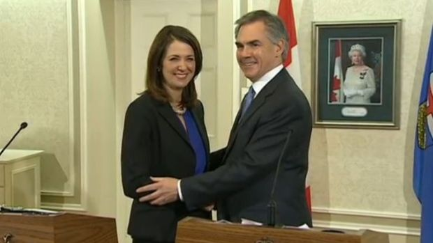 9 @teamwildrose  MLAs, including Danielle Smith, cross to Alberta #pcaa #ableg