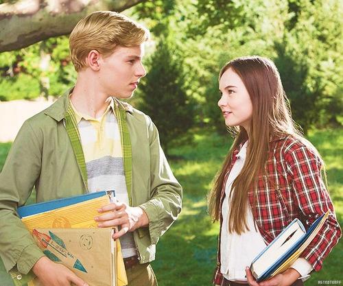 Juli Baker and Bryce Loski. Flipped (Movie)