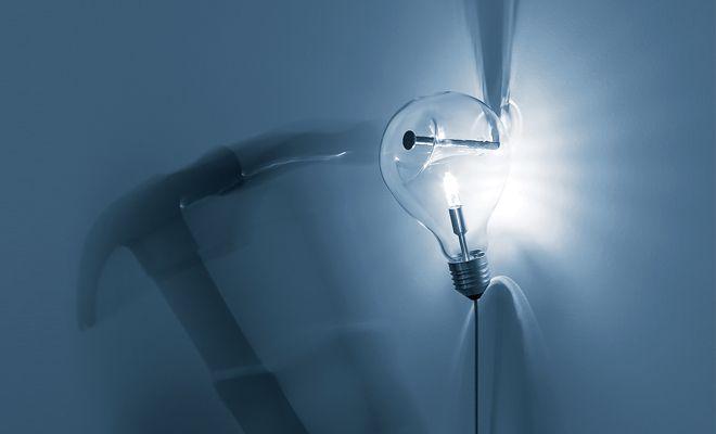 NEW LAMP 2014 - MILANO DESIGN WEEK (8-13 APRIL)  EDISON'S NIGHTMARE Design Harry Thaler. Chiostri dell'Umanitaria.