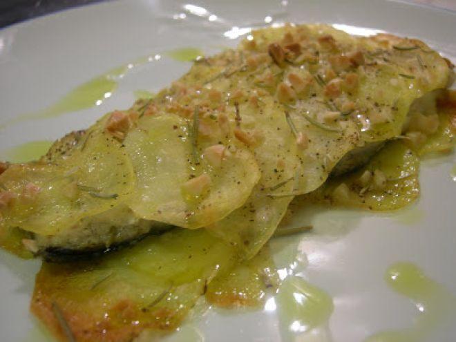 Filetto di spigola in crosta di patate e mandorle da Lauretta85