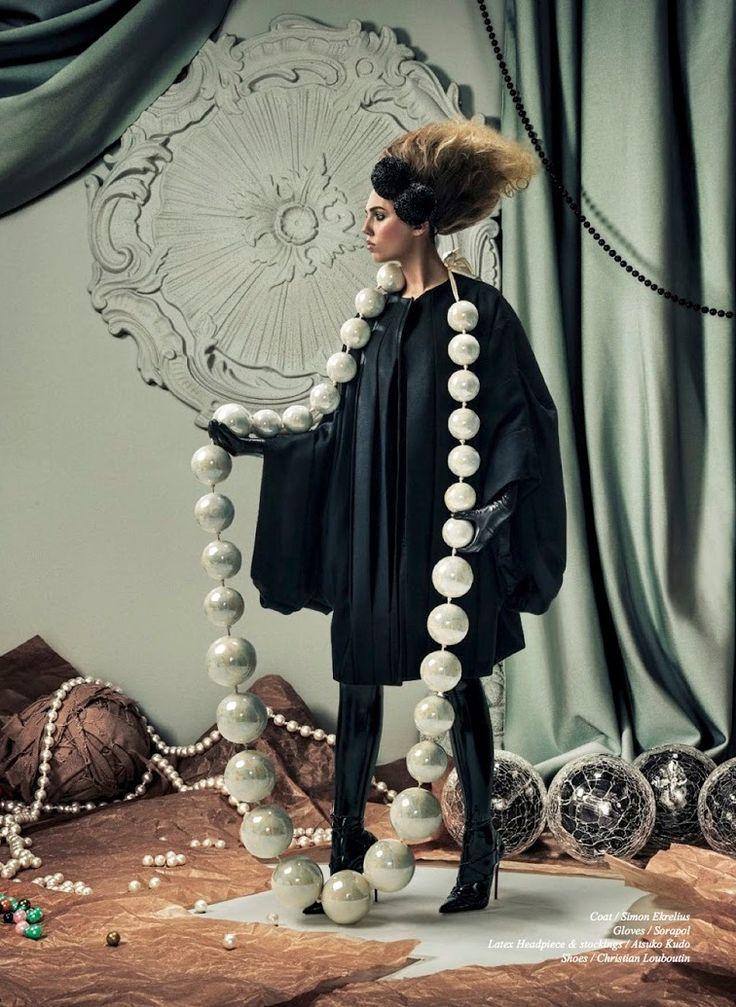 Schön! Magazine #25 | Amber le Bon by Aorta [Editorial]
