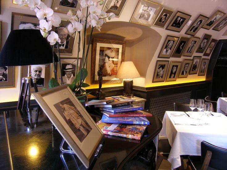 Pierrot http://pierrot.hu/ | Belső tér #budapest #restaurant #pierrot #design #indoorfurniture