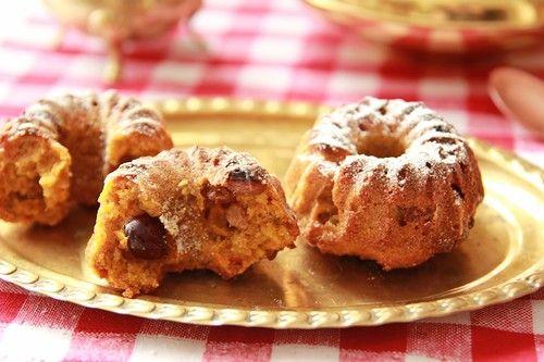 """Рецепт из книги """" Воздушные завтраки """" Вкусные и полезные кексы. От себя добавила сушенную клюкву и изюм и сделала порционными кексами, так удобнее. Надо: -120 г.…"""