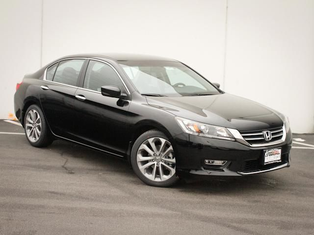 2014 Honda Accord Sport Sport 4dr Sedan CVT Sedan 4 Doors Black for sale in Lansing, IL Source: http://www.usedcarsgroup.com/used-honda-for-sale-in-lansing-il