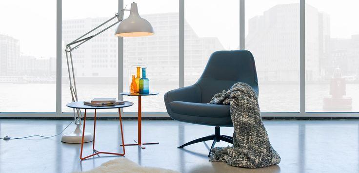 Stoere stoel in diverse uitvoeringen mogelijk. Kom naar de winkel in Eindhoven! #wonen #interieur #stoel #design