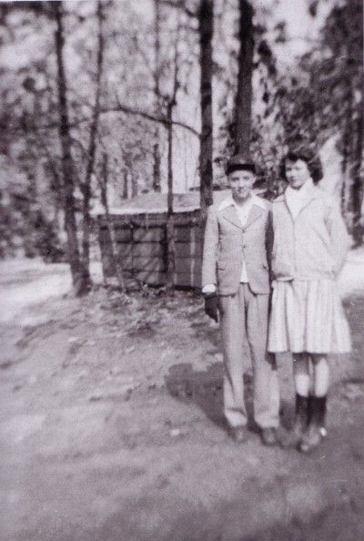 Elvis' 1st girl friend.....Mary Magdalene Morgan: