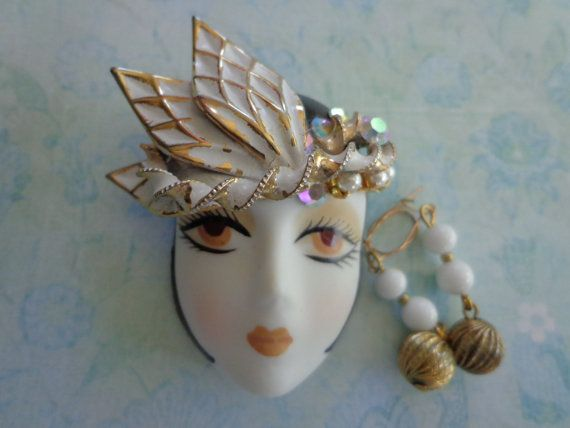 Vintage Art Deco Brooch with Matching Earrings by PipersEmporium, $25.00