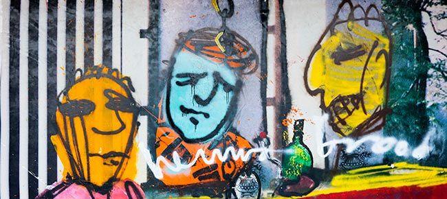 3 koppen - Herman Brood (1946 - 2001). Hij studeerde aan de kunstacademie en richtte in die tijd de band The Moans op. Op iets latere leeftijd werd hij steeds actiever als kunstschilder. Hij gebruikte vooral primaire kleuren in zijn werken, de hoofdreden hiervoor was dat hij kleurenblind was. Zijn werk is inspirerend doordat het er op het eerste gezicht simpel uit ziet, maar als je verder kijkt zijn passie er in terug ziet.
