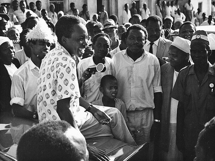 Mwalimu Julius Nyerere at a gathering in Dar Es Salaam, #Tanzania, 1961 | © of Getty Images #Cultureartsociety