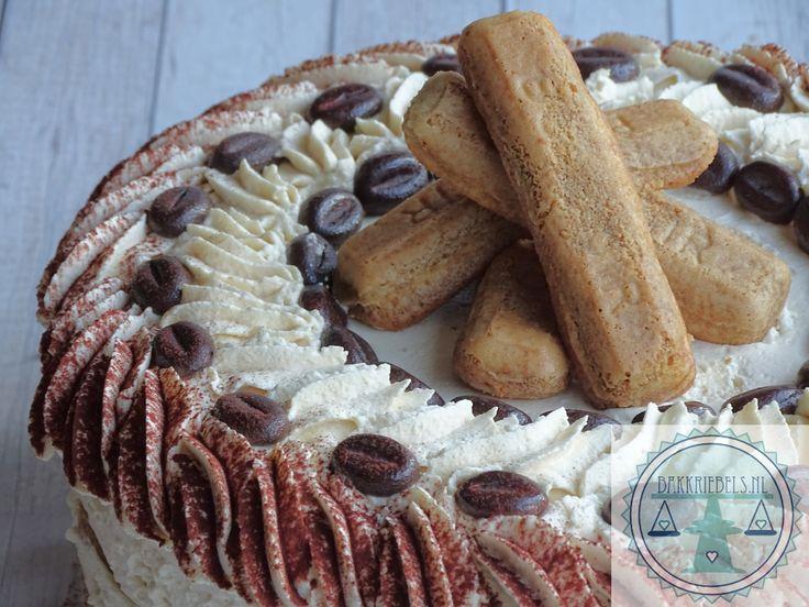 Een heerlijke no bake tiramisu taart