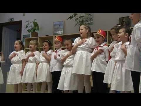 Március 15. a Mesevár Oviban - YouTube