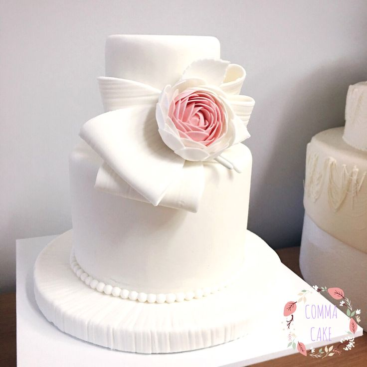 [콤마케익_COMMA CAKE] 코사지 웨딩슈가케이크/ weddingcake / minicake / weddingsugarcake / partycake