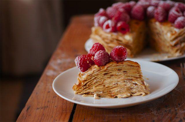 Torta od palačinki sa malinama - http://www.domacica.com/torta-od-palacinki-sa-malinama/