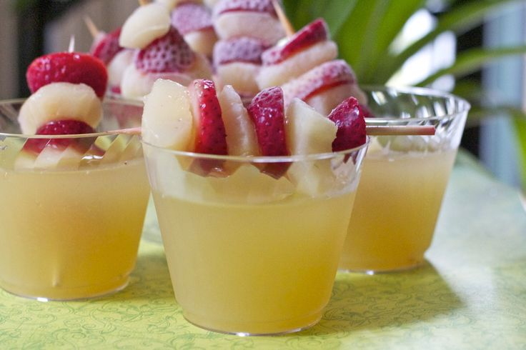 Sparkling Celebration Punch :non-alcoholic punch recipe