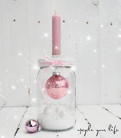 die 25 besten ideen zu glaskugeln auf pinterest personalisierte weihnachtsornamente glas. Black Bedroom Furniture Sets. Home Design Ideas