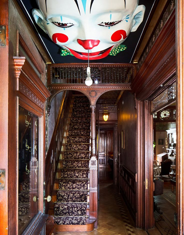 Victoriana in Bedford-Stuyvesant - Slide Show - NYTimes.com. Beautiful foyer except for the scary ceiling.