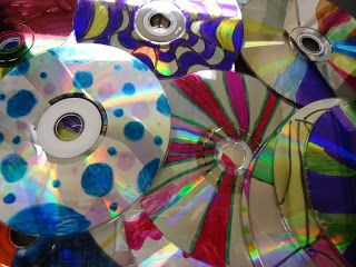 CD Spinners from Mini Matisse http://minimatisse.blogspot.com/search?updated-max=2013-05-30T16:56:00-05:00=5=5=false