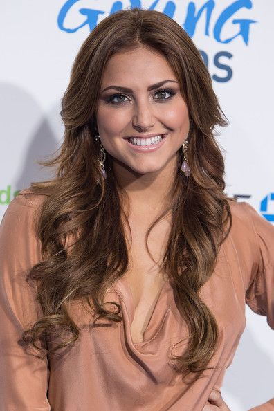 Cassie Scerbo - 2nd Annual American Giving Awards Presented By Chase - Arrivals