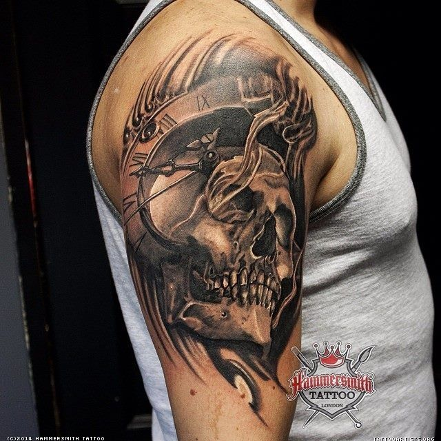 Skull time tattoo google search tattoo ideas for Time piece tattoos