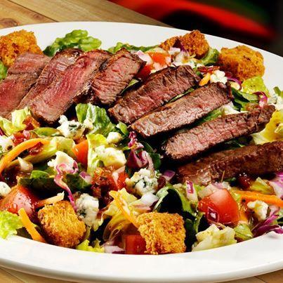 Texas Roadhouse Restaurant Copycat Recipes: Steakhouse Filet Salad