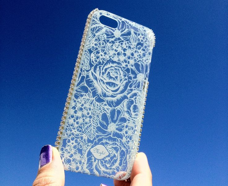 Rhinestone's phone  case by Mytó. Www.mytodesign.com Worldwide shipping myto@mytodesign.com