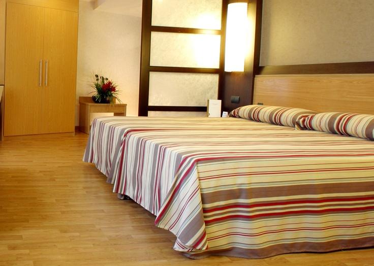 Habitación doble del Hotel Catalonia Atenas en Barcelona. Escoge la habitación que más se adapte a tus necesidades.  http://www.hoteles-catalonia.com/es/nuestros_hoteles/europa/espanya/catalunya/barcelona/hotel_catalonia_atenas/index.jsp