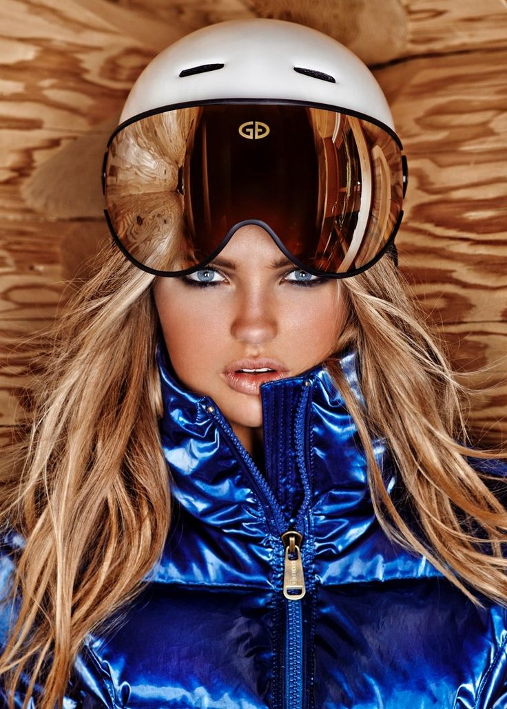 Ski Aspirations–Model Romee Strijd reunites with Goldbergh, taking in a cozy winter vacation in celebration of their latest collection. For winter 2014, the label was inspired by a ski trip to Squaw Valley in Lake Tahoe, California, which also played host to the 1960 Winter Olympics. Donning insulated jackets, cozy ponchos, quilted outerwear, western boots and more styled by Lieke van den Berg, Romee hits her best athletic poses. / Art direction by Theo Nijsse.
