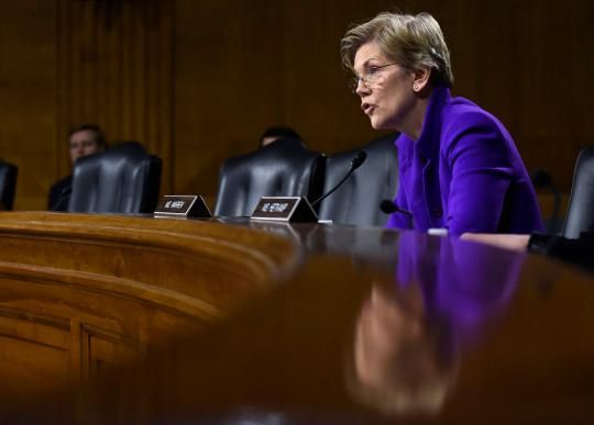 Why Obama is happy to fight Elizabeth Warren on the trade deal
